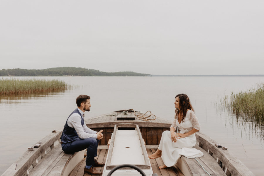 Photos l Bohemian wedding by the lake